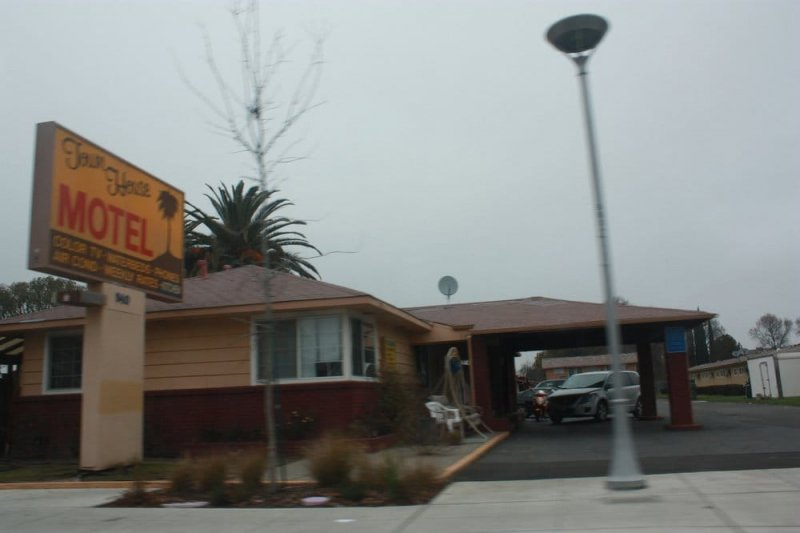 A Town House Motel